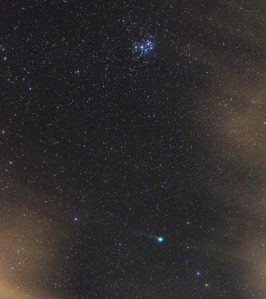 Comet Lovejoy and the Plejades, 3x10s, ISO3200, 50mm at f/4, cropped