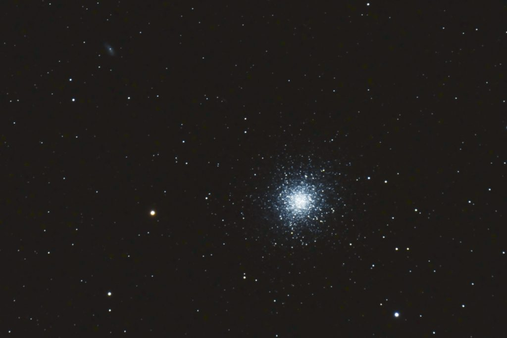 M13, 26x30s, ISO 3200, Nikon D750, Astro-Physics 127mm f/8, JPEG, not flats, dark or bias, crop